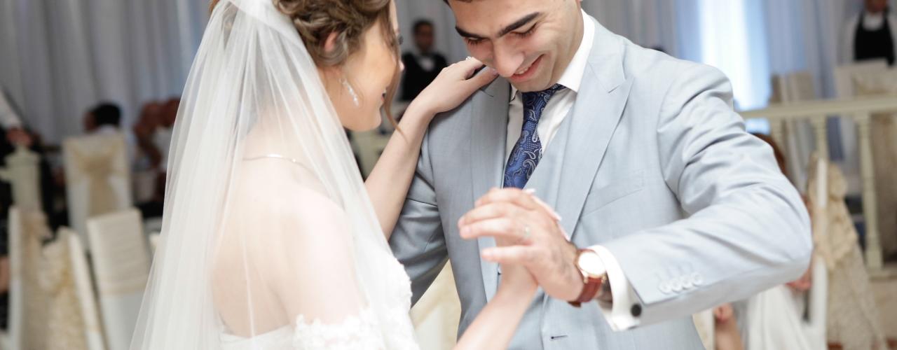 Wedding_vals_of_Azerbaijanian_couple(1280x500)